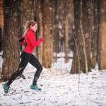 Ce se întâmplă în corpul nostru atunci când alergăm în sezonul rece?